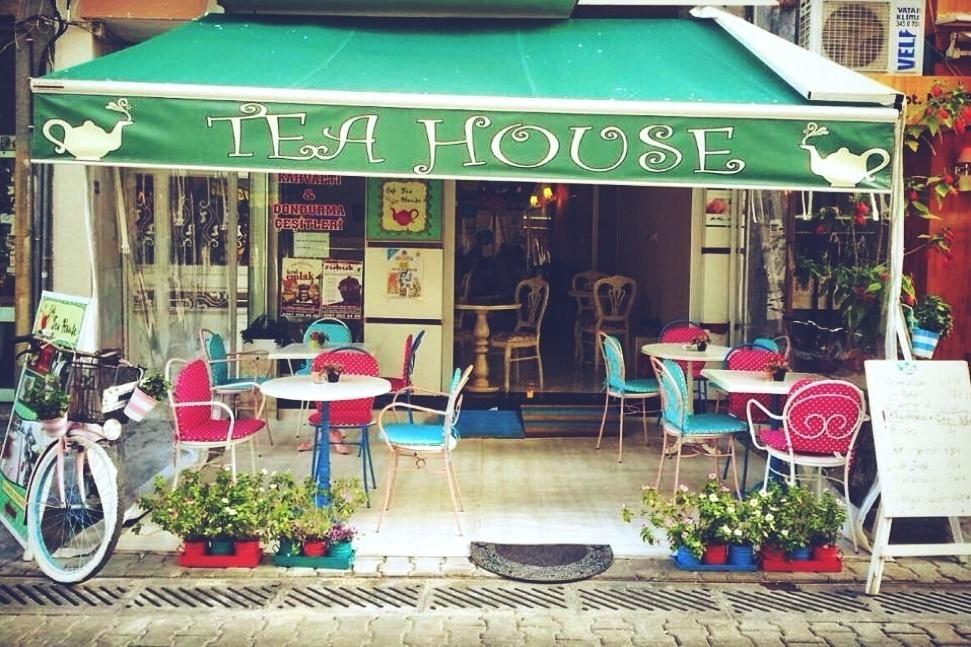 cafe tea house izmir